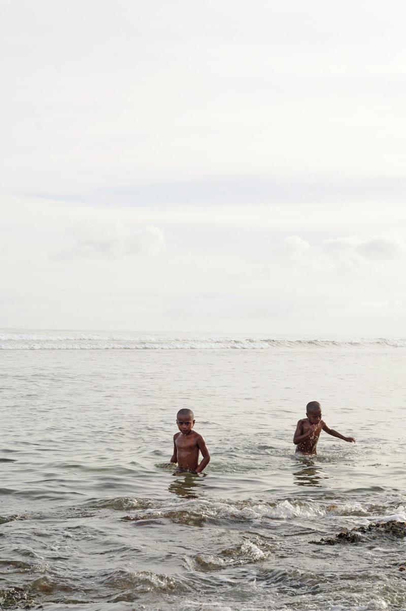 Kinder im Ozean